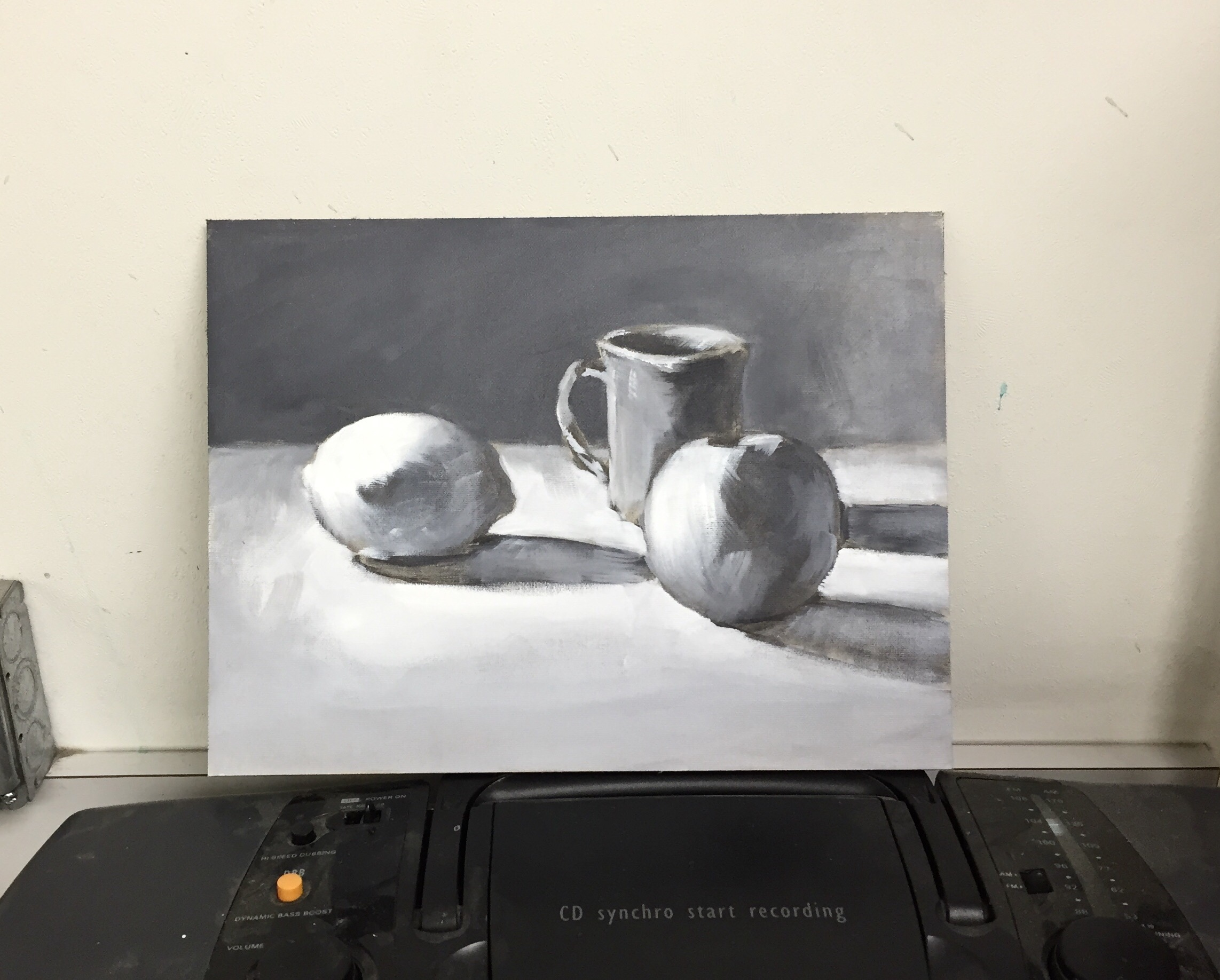 Still Life demo,  oil grisaille underpainting